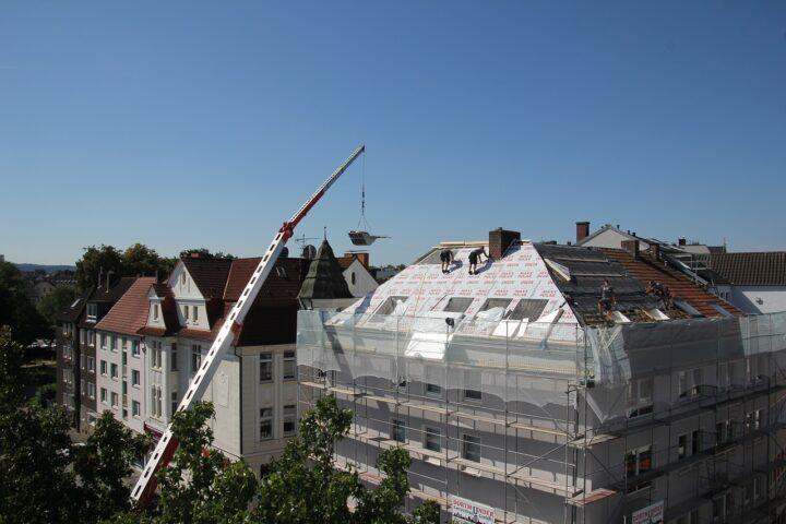 Jasa Borongan Pasang Atap Bangunan Gedung